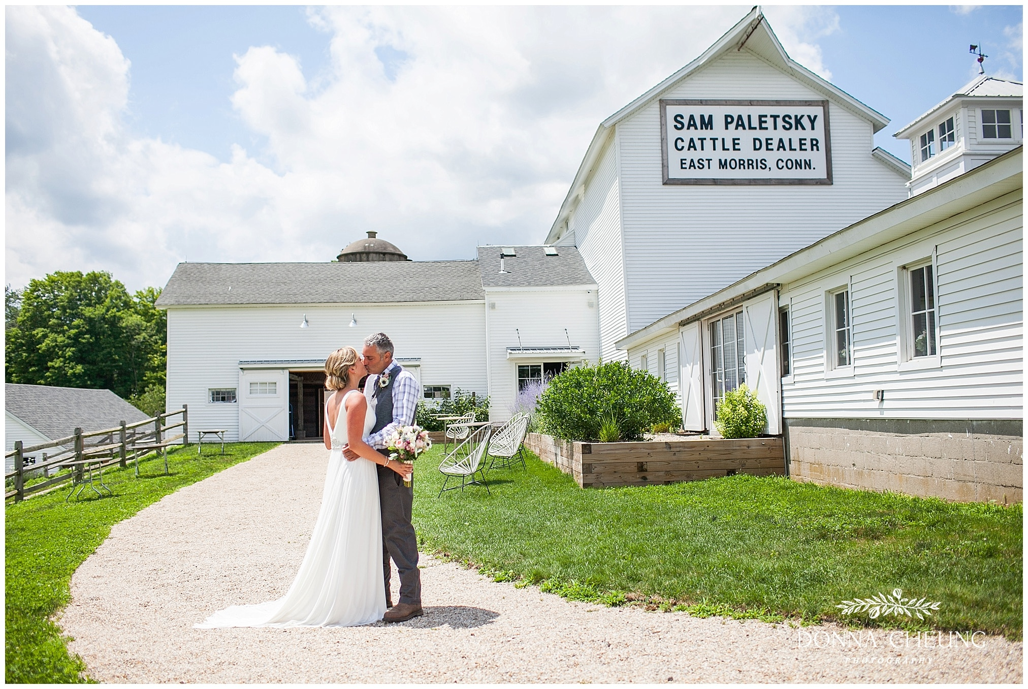 Please Enjoy Some Of My Favorite Images From Sam Irv S Beautiful Wedding Day At The White Barn South Farms In Morris Ct To See More Their